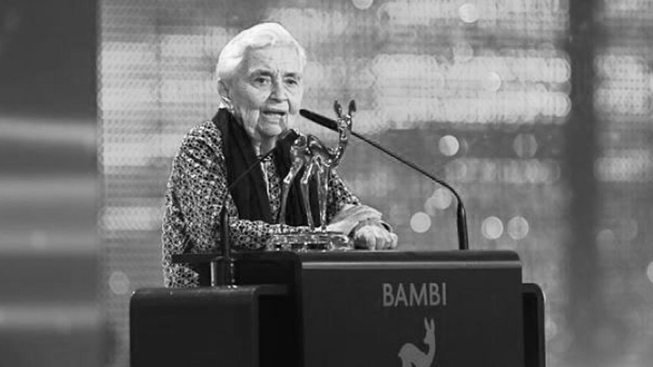 """Ruth Pfau erhielt bei der 64. BAMBI-Verleihung einen Preis in der Kateogrie """"Stille Helden"""" (c) Hubert Burda Media / Jens Hartmann"""