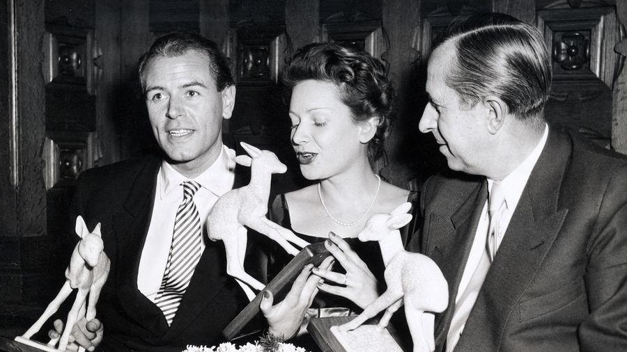 Die BAMBI-Sieger von 1953: O.W. Fischer, Ruth Leuwerik und Regisseur Harald Braun