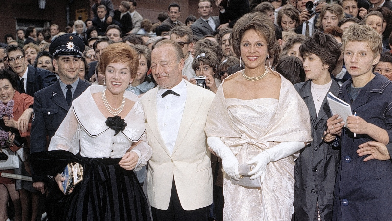 Bambi-Feier 1964: Heinz Rühmann kam mit Ehefrau Hertha Feiler und Ruth Leuwerik (links).