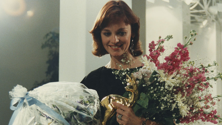 """Star der BAMBI-Verleihung im Mai 1984 (für das Jahr 1983): Pamela Sue Martin, Schauspielerin aus der US-Serie """"Der Denver-Clan""""."""