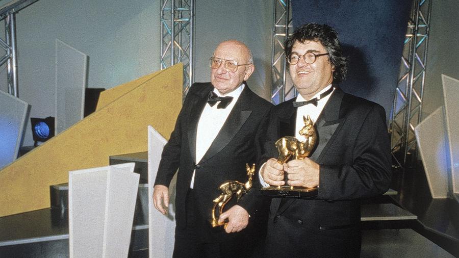 1989 war es Kritiker Marcel Reich-Ranicki (links, zusammen mit Helmut Markwort) noch eine Ehre, einen Medienpreis zu erhalten.