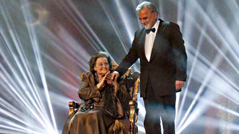 Auch später noch BAMBI-verbunden: Rekordpreisträgerin Maria Schell mit ihrem Bruder Maximilan